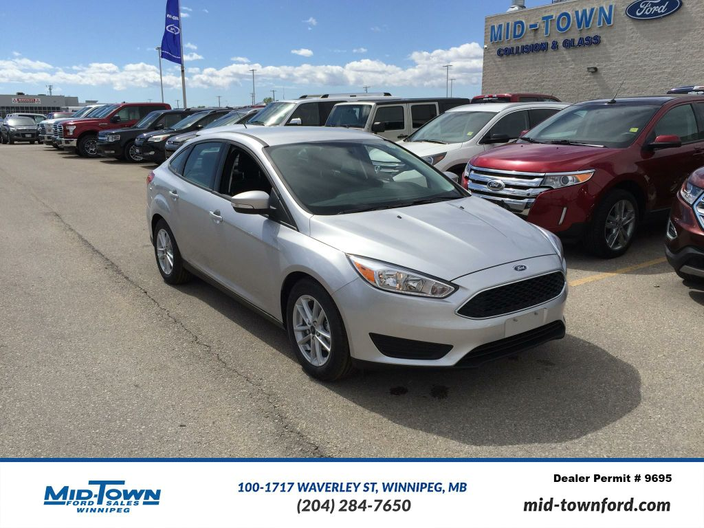 new 2017 ford focus se sedan 4 door car in winnipeg. Black Bedroom Furniture Sets. Home Design Ideas