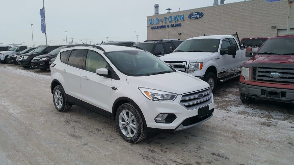 New 2018 Ford Escape SE 4WD 4 Door Sport Utility in Winnipeg #18U9G33 | Mid-Town Ford