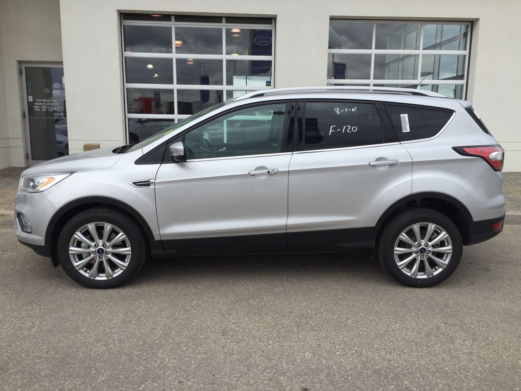 New 2017 Ford Escape Titanium 4 Door Sport Utility in Winnipeg